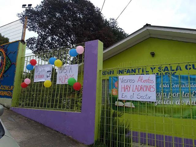 Apoderados de Jardín de Cerro Placeres hacen llamado desesperado por seguridad para sus hijos