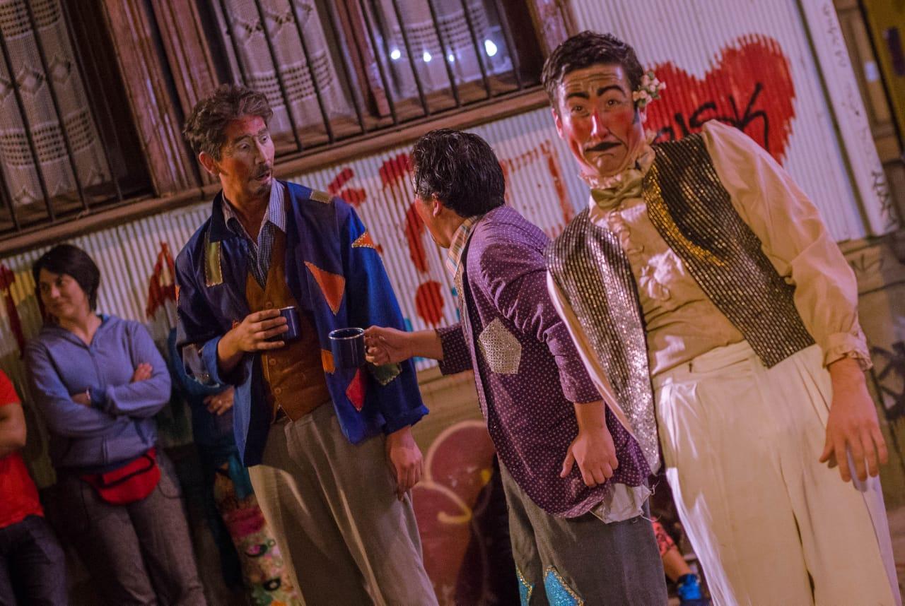 Ciclo de teatro a la gorra se desarrollará en Valparaíso de la mano de dos jóvenes compañías porteñas