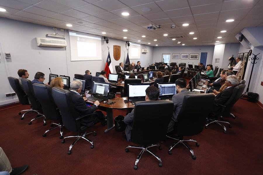 Organizaciones afectadas por reasignación de fondos del 6% del FNDR 2019 presentarán recurso de protección y acusan irregularidades en el proceso