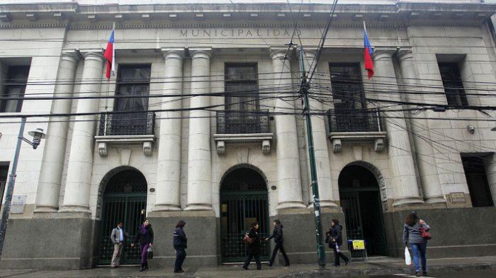 Municipalidad de Valparaíso solicita destitución y cese de funciones de un grupo de concejales por infringir principios de probidad administrativa