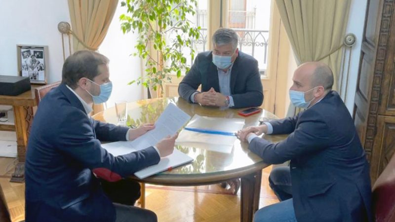 Alcalde Morales y Diputado Longton entregan carta al Gobierno en rechazo a la instalación de la termoeléctrica Los Rulos en Limache